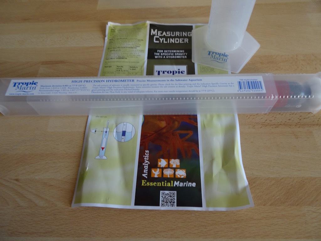 tropic-marin-kit-cylindre-de-mesure-hydrometre-img04.jpg